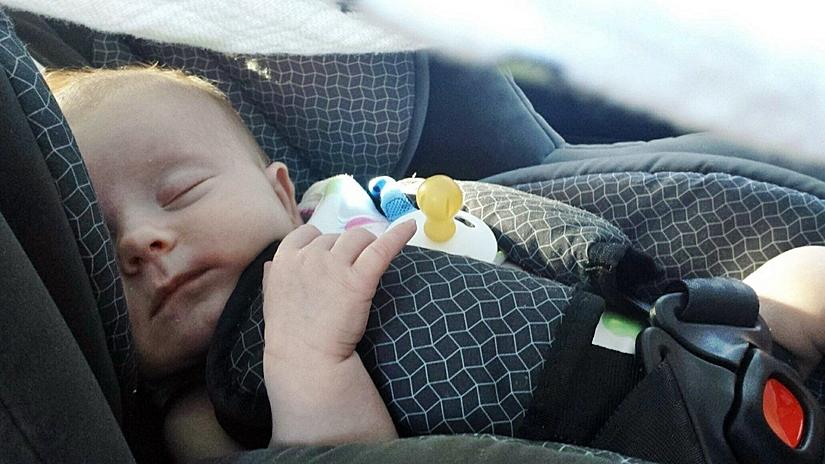 vacaciones-familia-monoparental-viajar-con-niños-en-coche