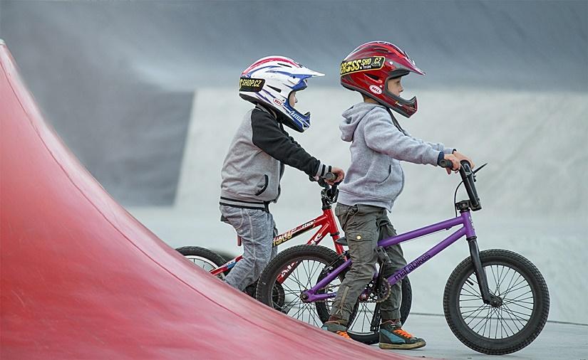 viajes-monoparentales-deporte-niños